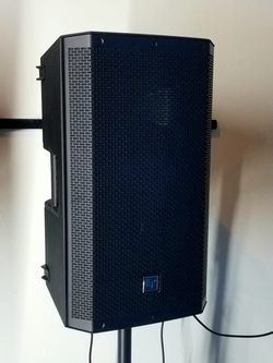 Brand New EV ZLX12BT. 1000 watts. Bluetooth. DSP. Electro voice de 12 pulgadas Nueva. for Sale in Miami,  FL