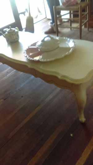 Old antique claw foot table for Sale in Easley, SC