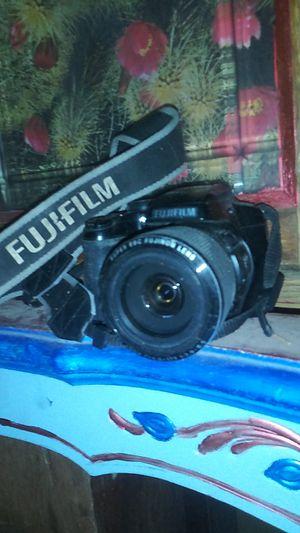 Fujifilm Corporation digital camera FinePix s8200 for Sale in Albuquerque, NM
