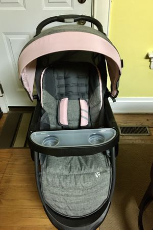 Baby Trend Skyline 35 Stroller; Starlight Pink for Sale in Mount Healthy, OH