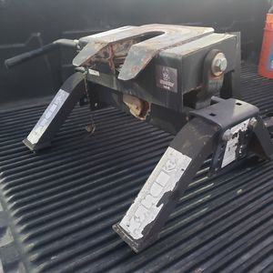 """Husky"" 5th Wheel Hitch for Sale in Phoenix, AZ"