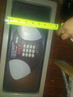 Digital combination commercial grade safe for Sale in Las Vegas, NV