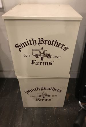 2 Smith Brothers Farms Metal insulated Milk Boxes for Sale in Seattle, WA