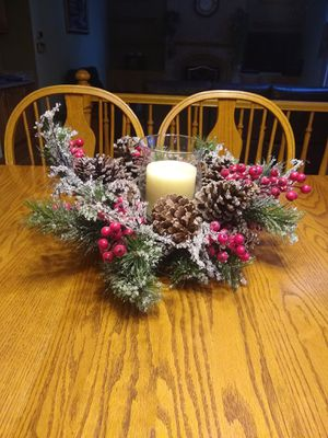 Holiday candle centerpiece for Sale in Schaumburg, IL