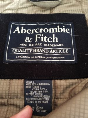 Men's Lg Abercrombie coat & men's Hollister 32/32 jeans new for Sale in Lima, OH