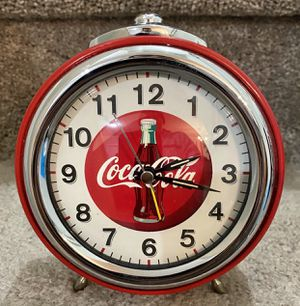 Retro Style Coca-Cola Wind Up Table Alarm Clock - Mint for Sale in Chapel Hill, NC