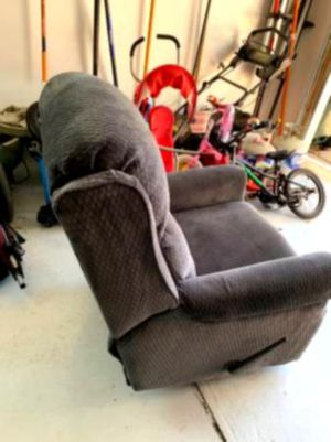 Leather recliner for Sale in Addison, IL