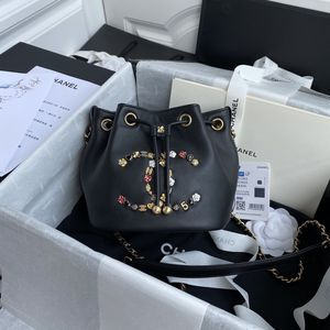 CC BUCKWT BAG for Sale in New York, NY