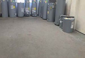 Water heater 4LQ for Sale in Redondo Beach, CA