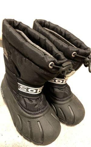Like new kids Sorel snow boots 10T for Sale in Seattle, WA