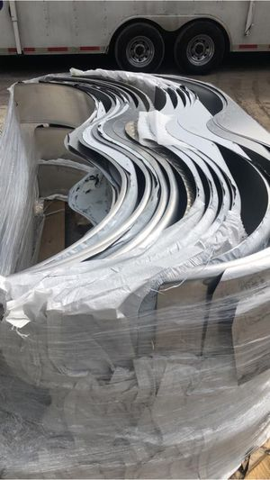 New aluminum smooth trailer fenders - single and tandem - scratch and dent - 35.00 each - over 400 in stock - Trailer fenders- trailer parts for Sale in Plant City, FL