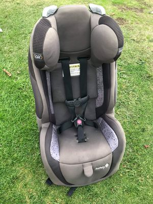 kids car seat taking offers or trades welcome for Sale in Los Angeles, CA