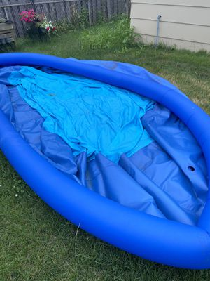 Summer Waves pool 13x33 for Sale in Mundelein, IL