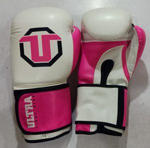 12 oz boxing gloves for Sale in Shenandoah, TX