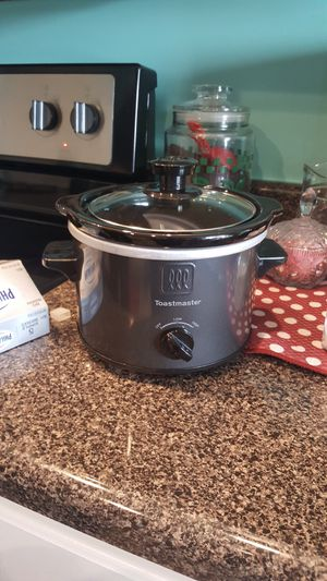 Mini Crock Pot for Sale in Hazelwood, MO
