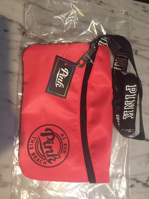 VS Pink Fanny pack bag (hot pink) for Sale in Hialeah, FL