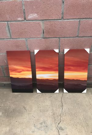 Canvas Wall Decoration (1 ft width x 2 ft length) for Sale in Inglewood, CA