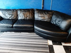 Excellent real black leather sectional couch for Sale in Renton, WA