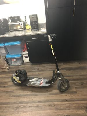 33cc 2 stroke scooter for Sale in Lynchburg, VA
