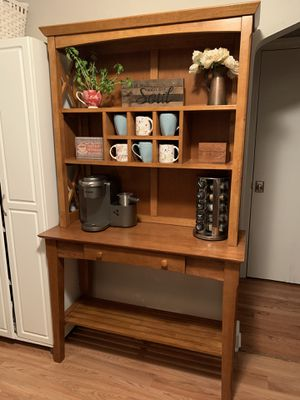 Table & Hutch for Sale in Canonsburg, PA