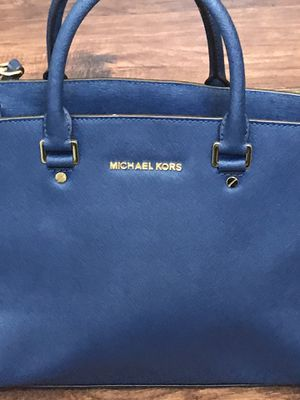 Micheal Kors Navy Blue Bag for Sale in Albuquerque, NM