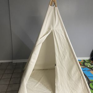 Teepee For Kids / Tent / Camping for Sale in Nottingham, MD