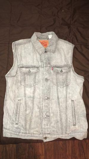 Levi's Light Denim Vest (Size XL) for Sale in Springfield, VA