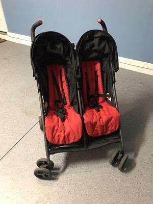 Double stroller - zobo for Sale in Windermere, FL