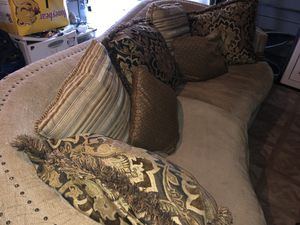 Golden brown Couch with Pillows. Really big, very roomie, heavy! for Sale in Fresno, CA