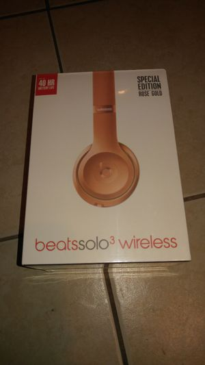 Beats Solo 3 Wireless Rose Gold for Sale in Tampa, FL