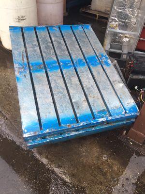 Metal pallets for Sale in Pompano Beach, FL