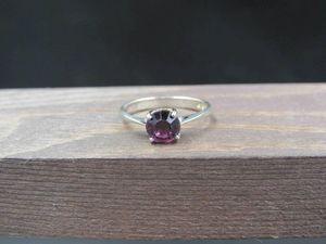 Size 7 Sterling Silver Rustic Purple Crystal Band Ring Vintage Statement Engagement Wedding Promise Anniversary Bridal Cocktail for Sale in Lynnwood, WA