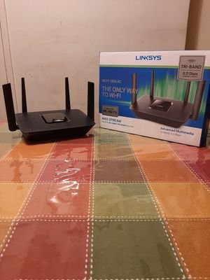LINKSYS AC2200 TRI-BAND ROUTER for Sale in La Mesa, CA
