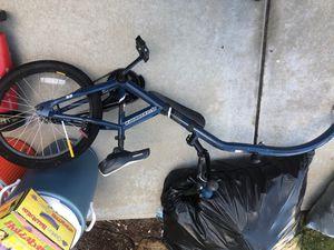 Wagon 50 ,dog fence 35 , kids bike trailer 50 for Sale in Chula Vista, CA