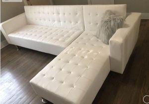 White Adjustable Sofa/Reversible Chaise Futon for Sale in Houston, TX