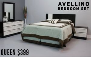 Avellino Collection Bedroom Set 💥 for Sale in Miami, FL