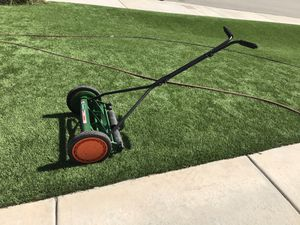 Scott's Classic Push Lawn Mower 16 inch for Sale in San Bernardino, CA