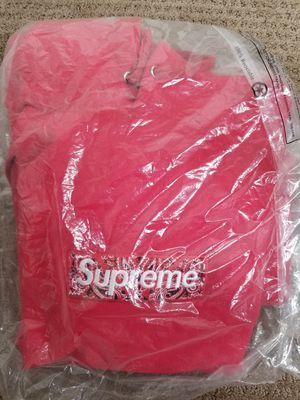 Supreme red bandana box logo hoodie medium for Sale in Phoenix, AZ