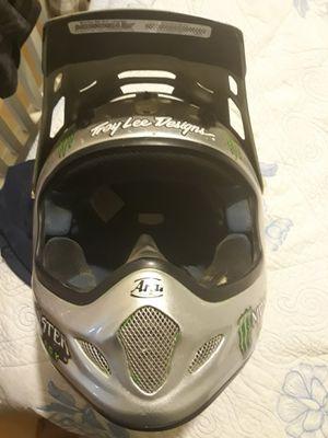 Arai helmet for Sale in Jurupa Valley, CA