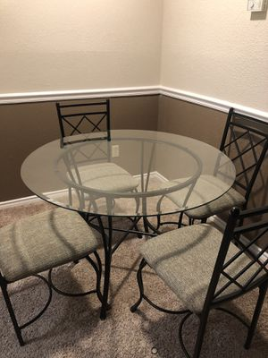 Small kitchen table for Sale in OLD RVR-WNFRE, TX