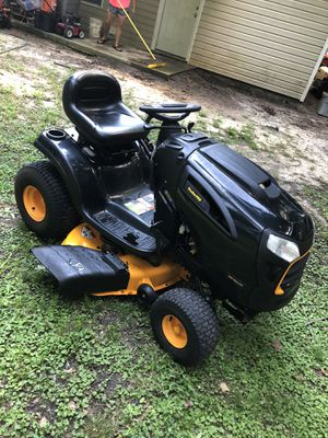 like new conditions poulan pro riding mower/19.5hp motor /42 cut deck/new conditions/ready for used/1200$ for Sale in Smithfield, NC