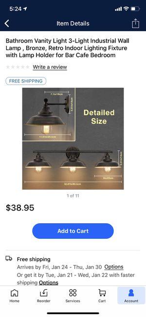 3 lamp vanity light for Sale in Snohomish, WA