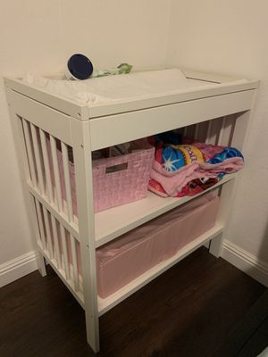 Changing table and pad for Sale in Oakland, CA