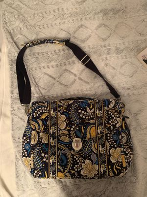 Vera Bradley Messenger Bag for Sale in Leechburg, PA