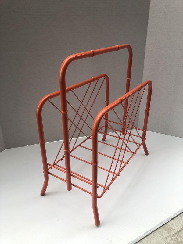 Bamboo magazine rack