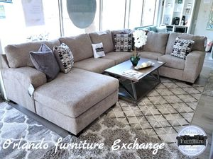 $999 FREE DELIVERY! BRAND NEW LARGE SECTIONAL SOFA for Sale in Oviedo, FL