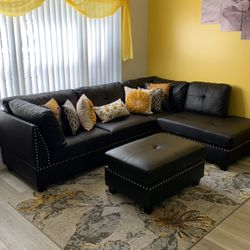 Sofa With Ottoman for Sale in Fort Lauderdale,  FL