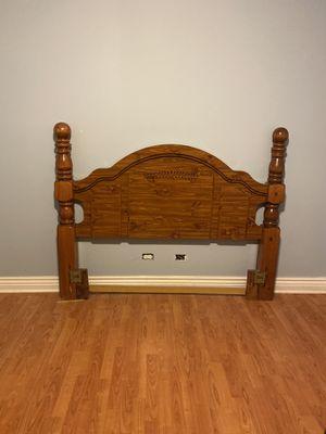 Head board and foot board. for Sale in Chicago, IL