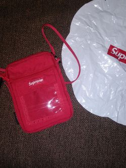 Supreme Satchel Bag for Sale in Yakima,  WA