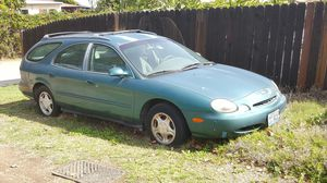 1996 ford Taurus Station Wagon for Sale in Los Angeles, CA